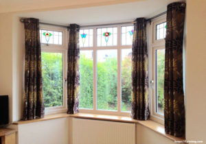 Tips on How to Measure For a Bay Window For New Curtains